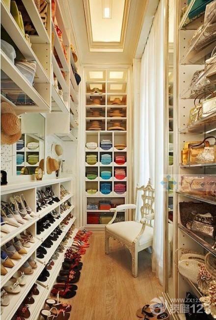 简约欧式风格小户型衣帽间装修样板间图片