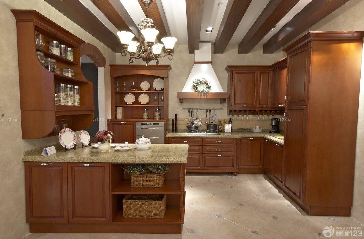 【最新整体厨房橡木家具图片欣赏_2016室内装修效果图