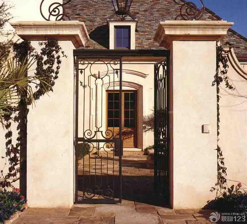 【美式风格不锈钢围墙大门装修设计效果图片大全