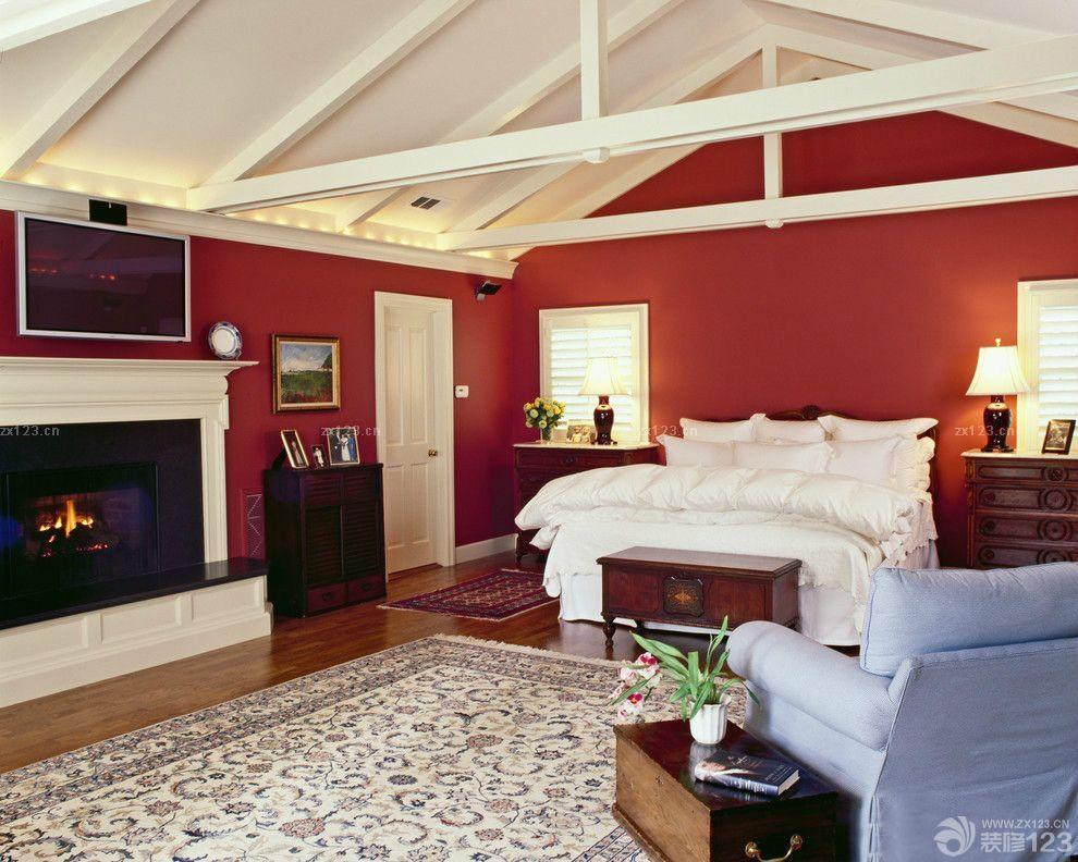 装修效果图 家居设计 顶层小户型尖阁楼卧室装修设计实景图欣赏