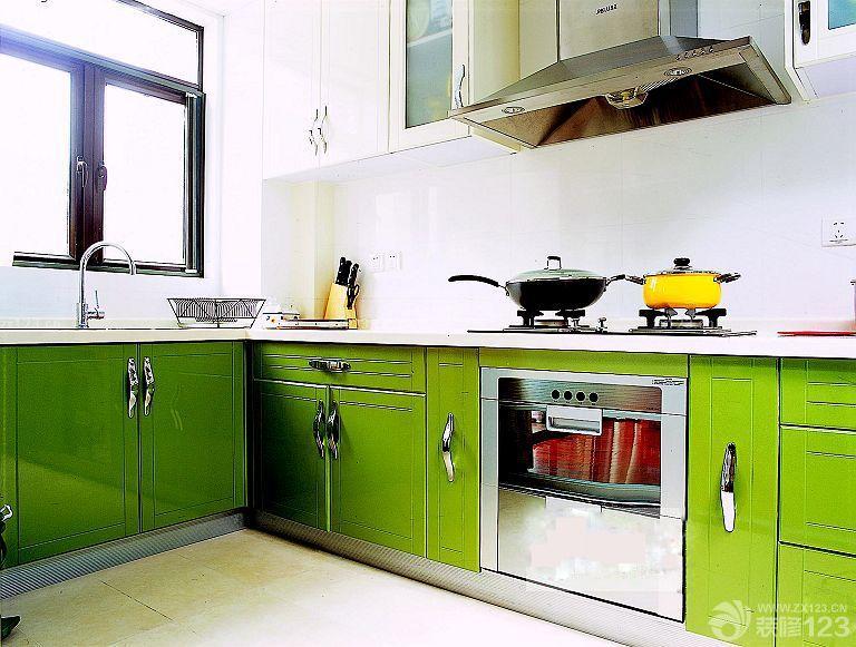 農村廚房綠色櫥柜門設計裝修效果圖欣賞