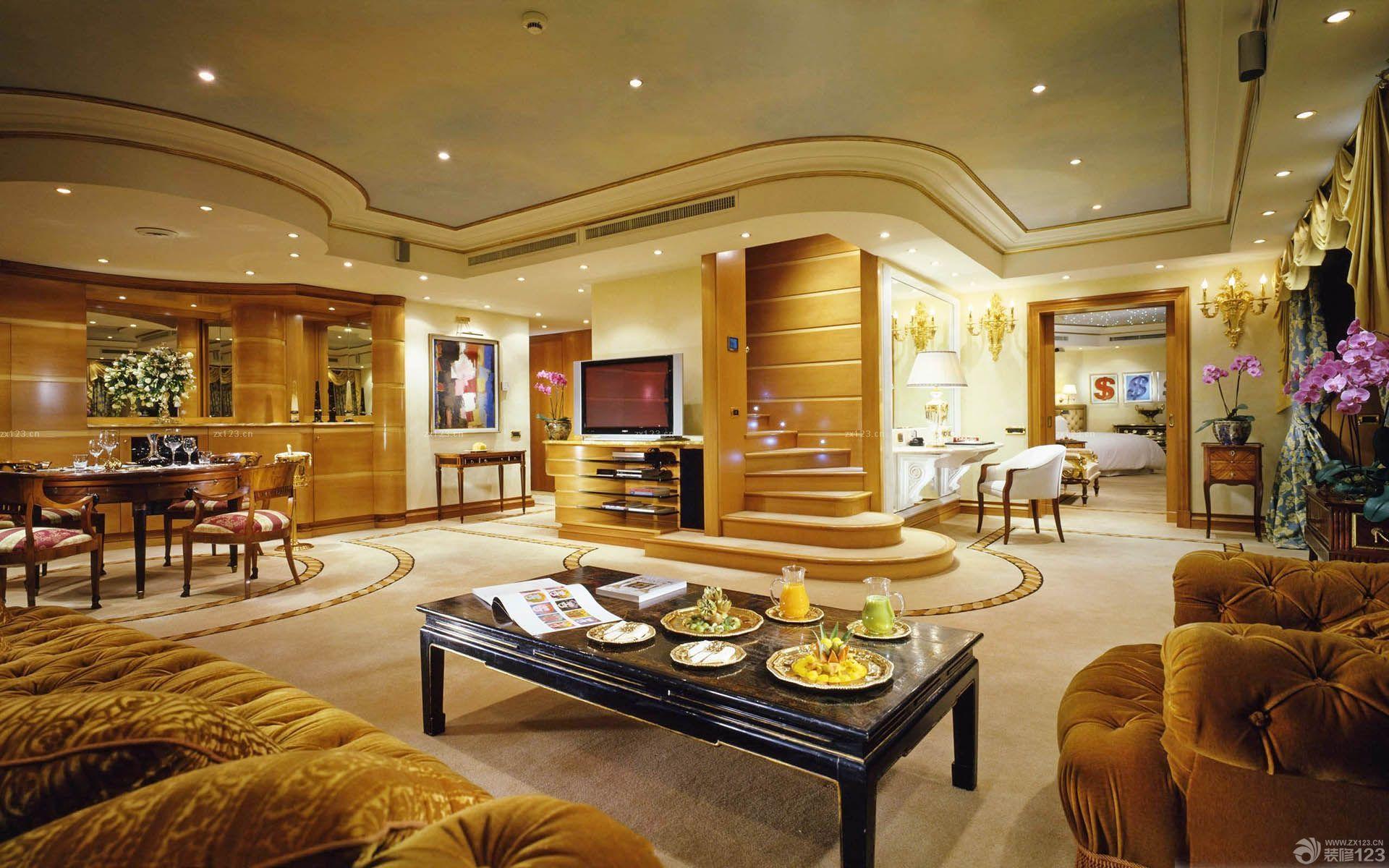 跃层式住宅金色墙面装修效果图片大全