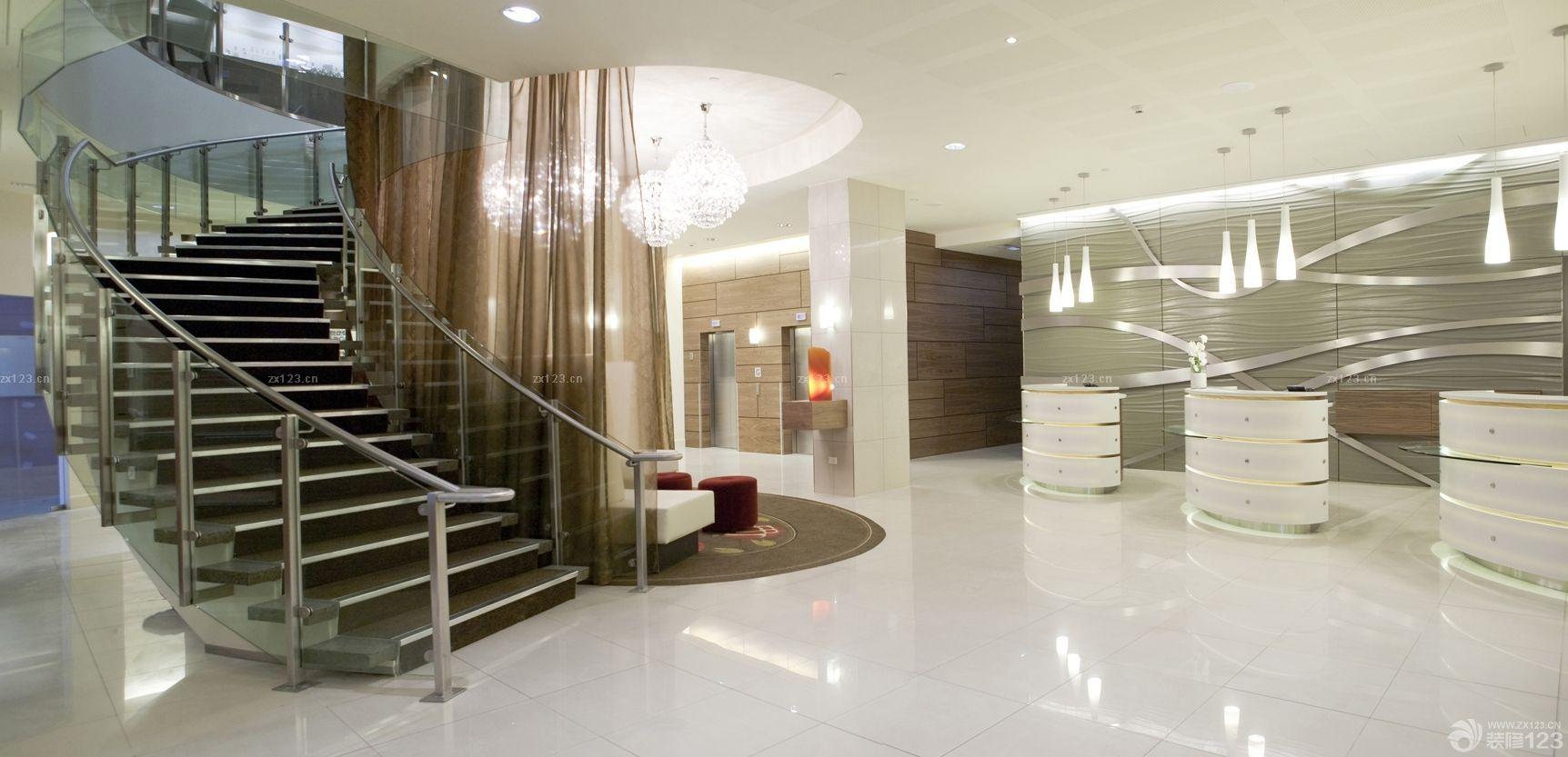 最新快捷酒店大堂旋转楼梯装修实景图欣赏