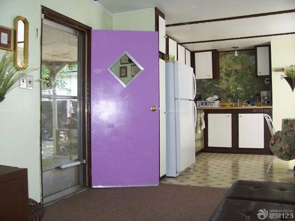 欧式紫色客厅装修效果图