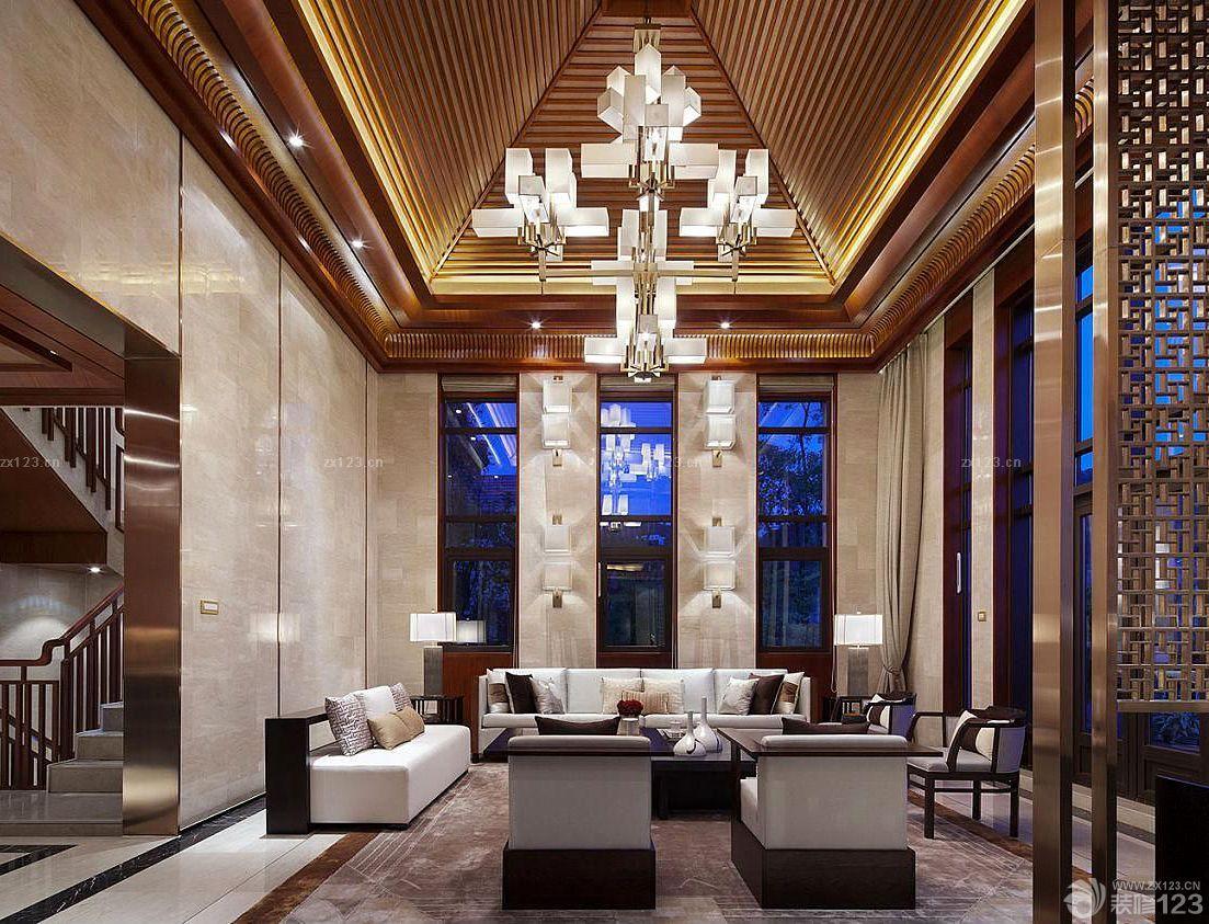 复式楼尖顶客厅吊顶灯饰装修效果图欣赏