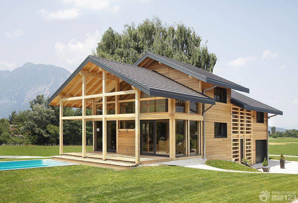 農村木結構別墅一層半設計圖片