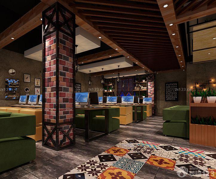 2018大型网吧室内柱子装修效果图片