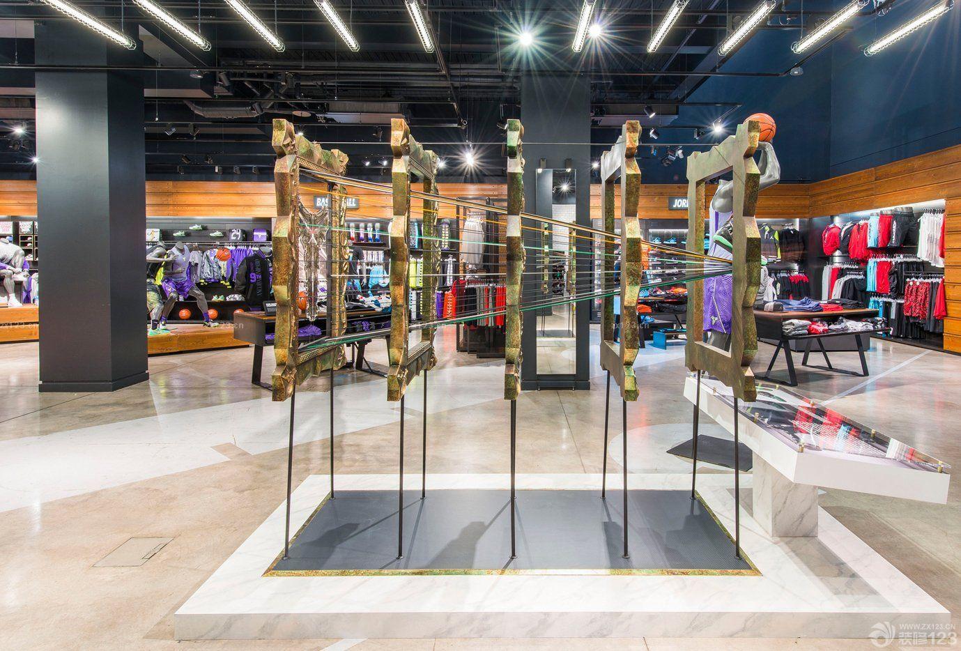 商场运动鞋店装修吊顶